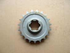 70-3108/19, Engine sprocket, Pre unit, 19 Tooth